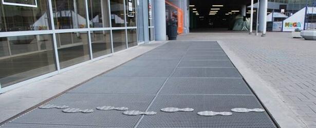 Стальные грязезащитные напольные покрытия - Компания Кросо